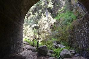 Paso por el tunel