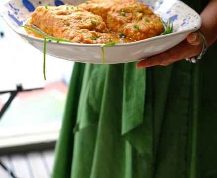 Sallu ki Pasand [Baked Salmon with Zingy Pineapple Chutney]