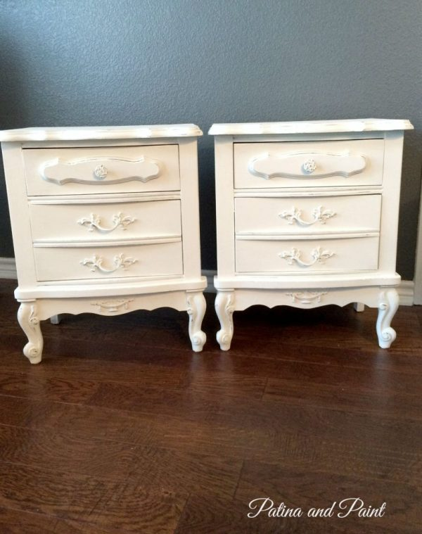 2 nightstands 9