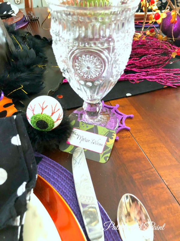 Easy Halloween Place Cards
