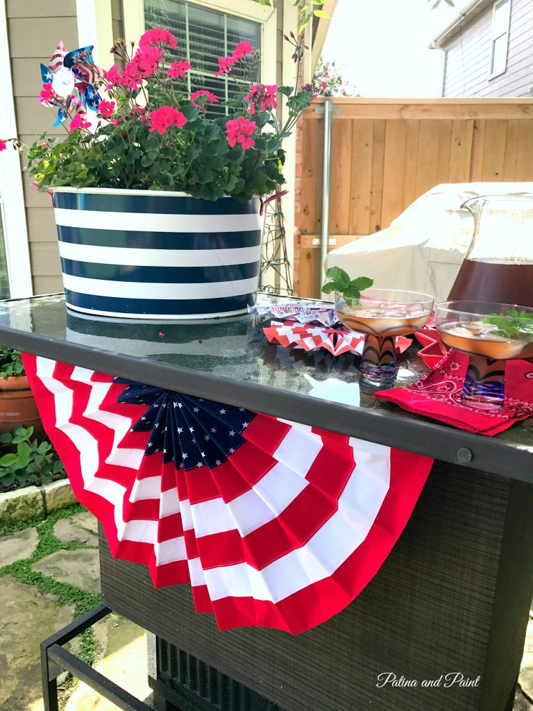 Last Minute 4th of July Decorations - Patina and Paint