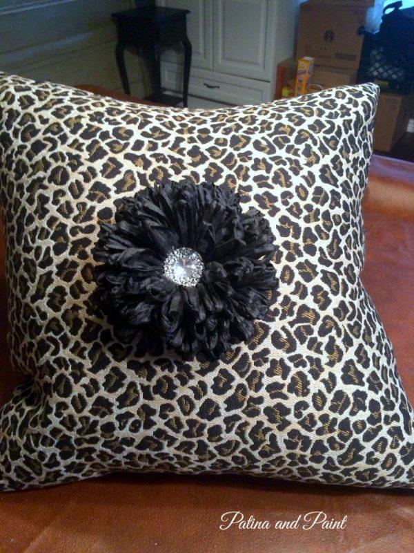 Lep pillow 1