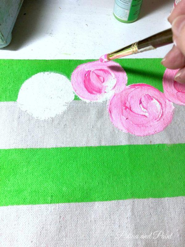 making a floral garden flag
