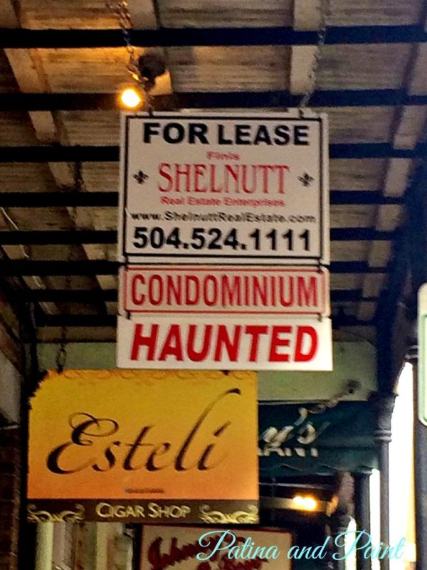 New Orleans Haunted sign
