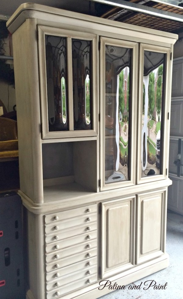 Paris grey china hutch2