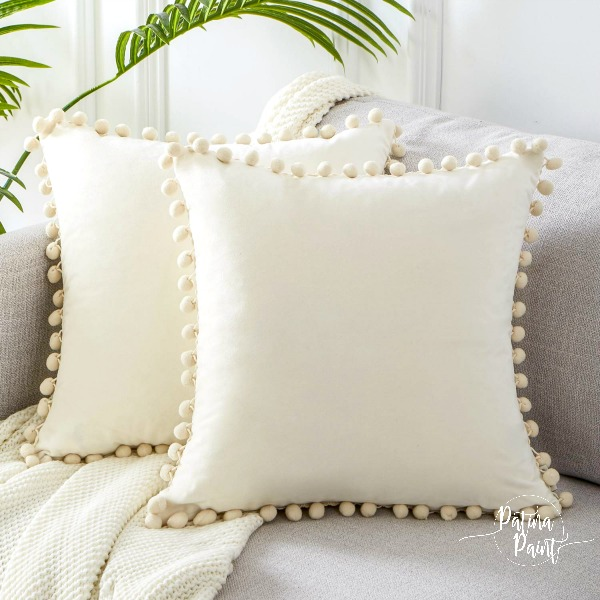 White Pom pillow covers