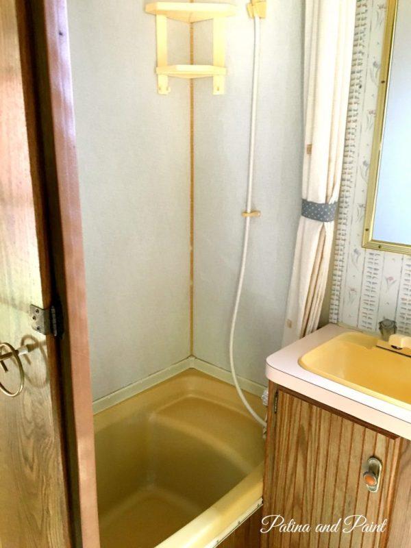 Ryan's RV Bedroom and Bathroom .00