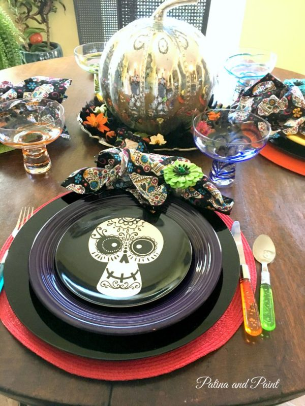 sugar-skull-halloween-table
