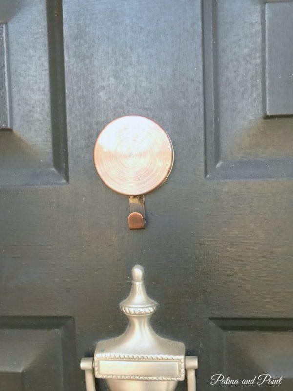 magnetic door hanger