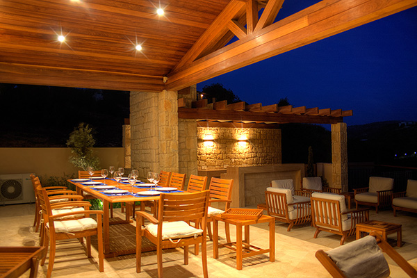 9 enchanting outdoor lighting ideas for