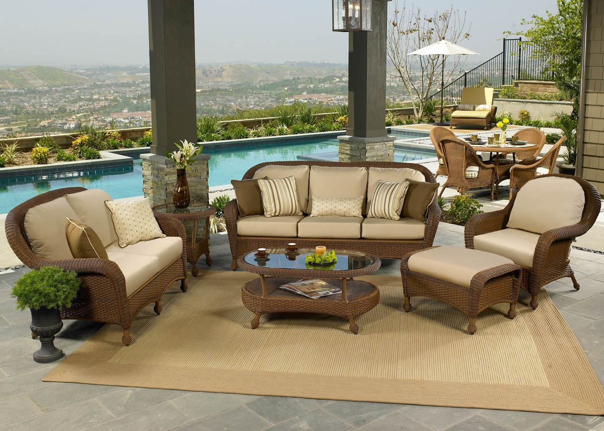 Deep Seating Wicker Patio Furniture Sets I Spacious Design  Ramsey Wicker Sofa Set     36    Seat Depth