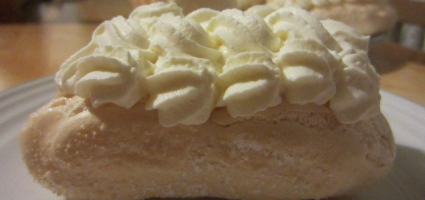 Meringues Chantilly | Patisserie Makes Perfect