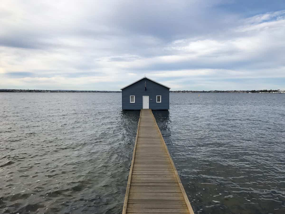 how to get to perth crawley edge boatshed aka blue boat house