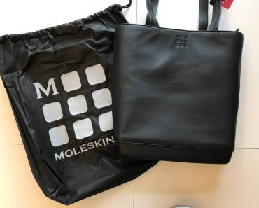 Moleskin CLASSIC LEATHER TOTE Bag