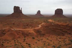 Three towers, Monument Valley