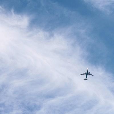 Secretos para ahorrar comprando un pasaje de avión