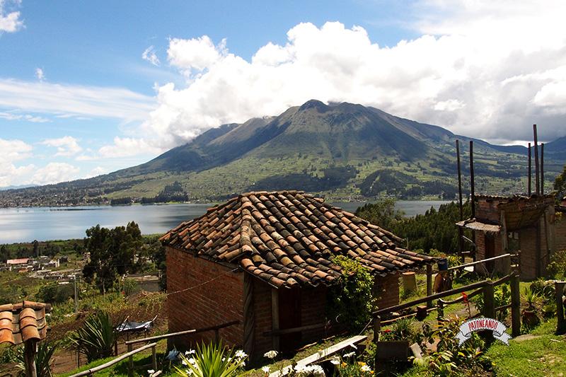 frontera con Ecuador-Volcan Imbabura-Patoneando-blog-de-viajes-3.jpg