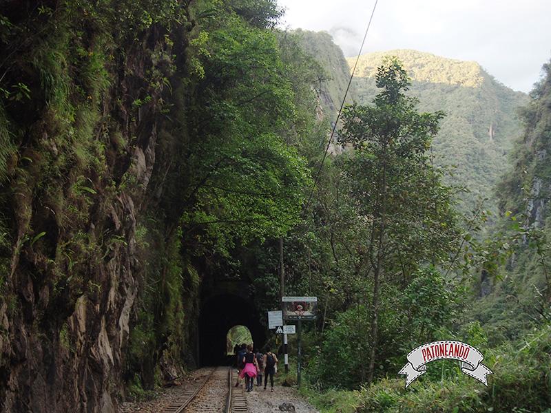 Visitar Machu Picchu - Hidroeléctrica Patoneando Blog de viajes-13.jpg