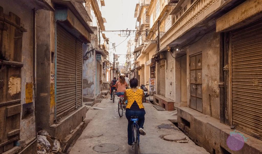 20 cosas que hacer en Jaipur - India - tour en bicicleta en jaipur - Patoneando blog de viajes