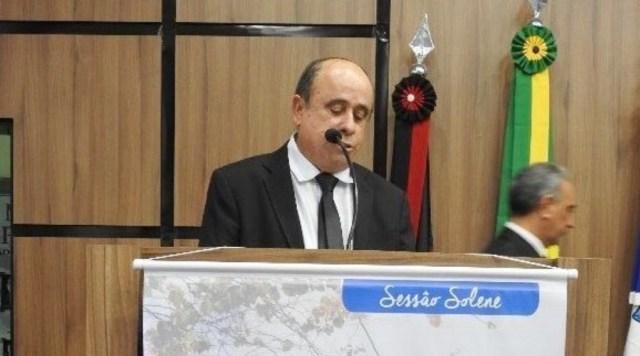 Ex-prefeito de Santa Terezinha, Dr.Rui Pontes, testa positivo para Covid-19, mas está bem