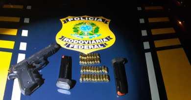 Homem é preso pela PRF com pistola no sertão paraibano