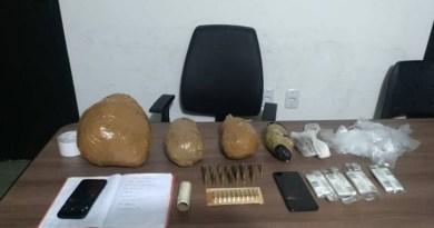 Polícia prende suspeito de cometer homicídio no Sertão. Ele tinha quase 2 kg de maconha