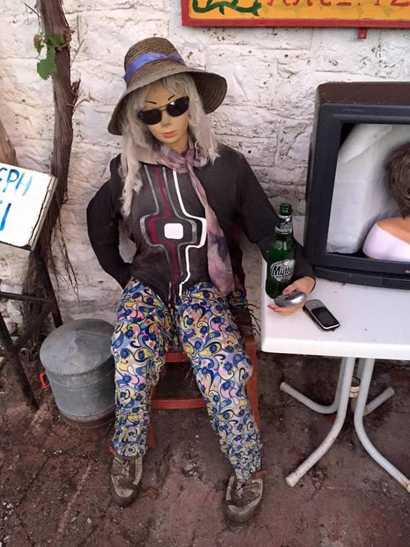"""Υπέροχο - Ένα χωριό 2 ώρες από την Πάτρα στο οποίο """"ζουν"""" κούκλες! (Δείτε φωτο)"""