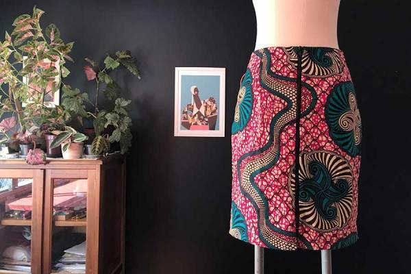 saia feita com tecido africano capulana   Patricia Cardoso