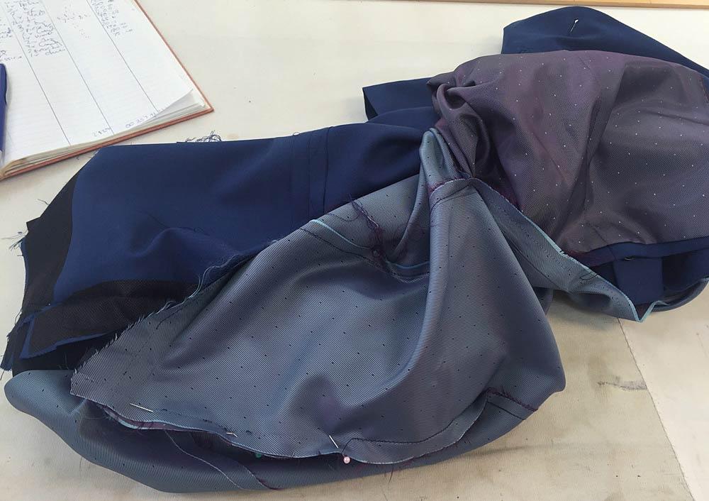 Consertos e reformas de roupas feitas numa alfaiataria | Patricia Cardoso