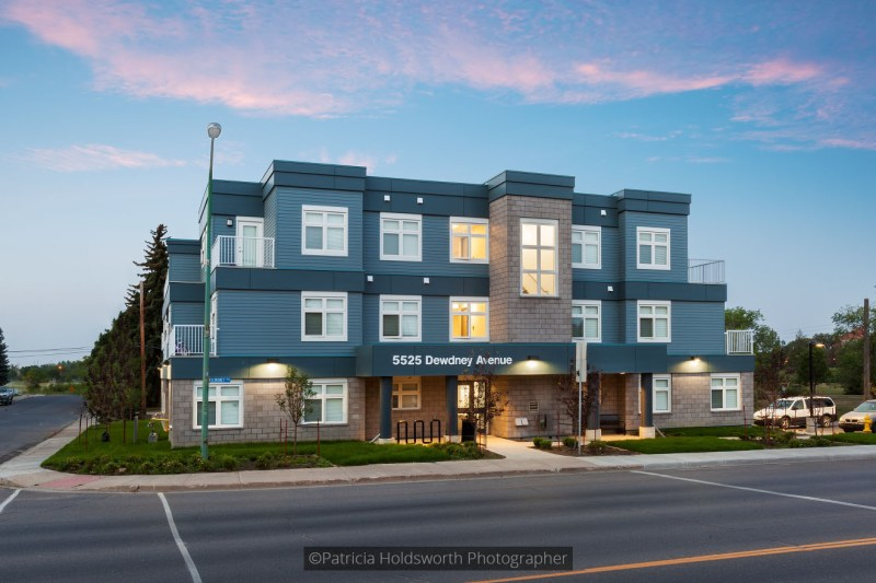 Dewdney Avenue Apartments_0269