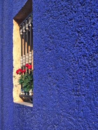 blue wall mexico 2018