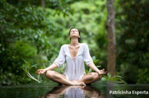 yoga natureza1 300x199 - Pela paz de espírito