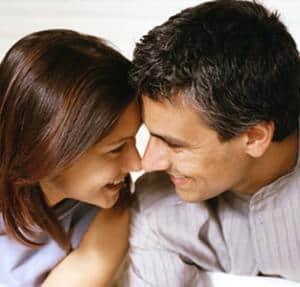 casal feliz - Aprenda com as experiências e tenha relacionamentos saudáveis!