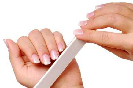 lixar - Como fazer as unhas em casa