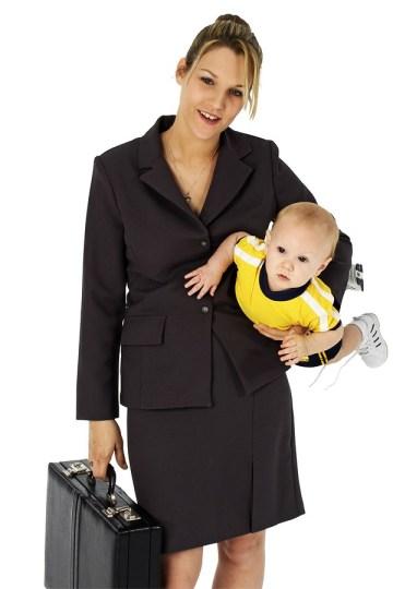 mae que trabalha fora - Ser mãe em tempo integral ou continuar a carreira?