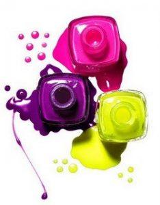 essie neon polish de 433315134 234x300 - Cores neon: tendência Verão 2013
