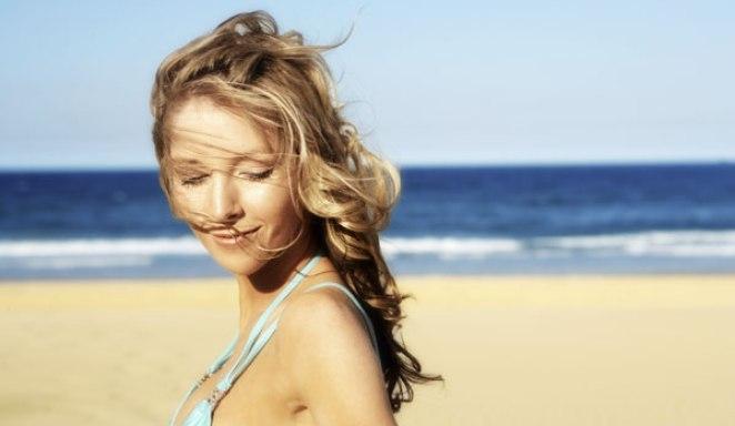 cabelos praia - Efeitos do Calor nos Cabelos