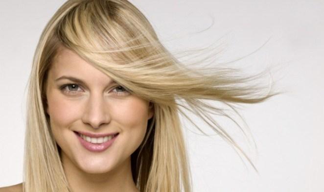 loira cabelo liso fino sem volume 32121 - A Progressiva Afinou o Seu Cabelo? Saiba Como Resolver!