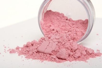 blush - Líquido, creme, gel ou pó. Com qual blush você vai?