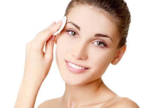6145 - Aprenda a limpar o rosto: Evite erros comuns