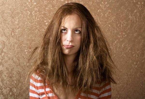 cabelo frizz - Veja como resgatar os diversos tipos de cabelos com o auxílio dos alimentos