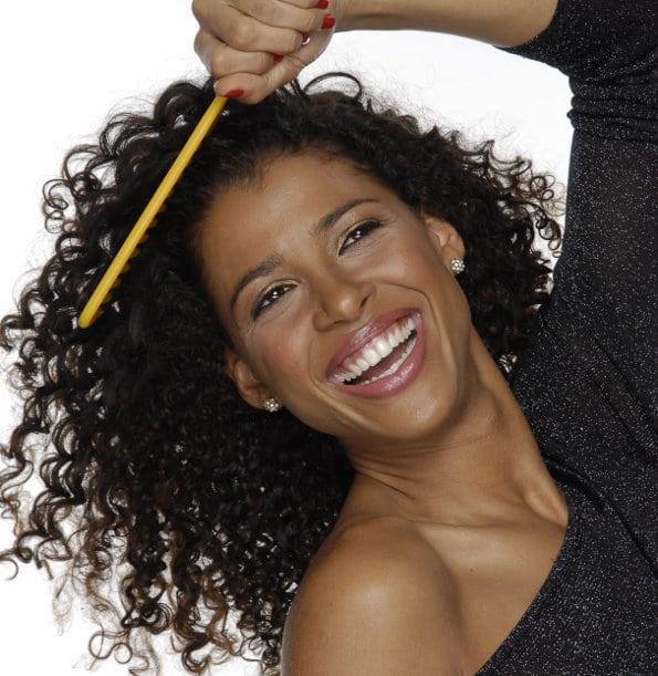 cabelos crespos materia - Aprenda a Cuidar dos Fios Crespos!