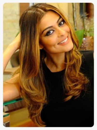 Cabelos naturais1 495x660 - Pele Quente x Pele Fria: Descubra o tom ideal de reflexo para seus cabelos
