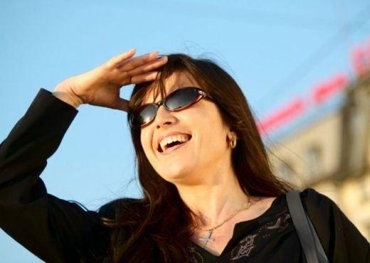 oculos escuros - Óculos escuros: muito além do charme!