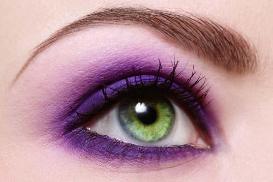 4 olho esfumado com roxo - Olho esfumado ganha novas cores. Vem conferir!