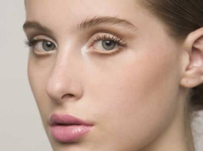 foto de truques de maquiagem para adolescentes imagem1 - Seja expert na maquiagem dos lábios!