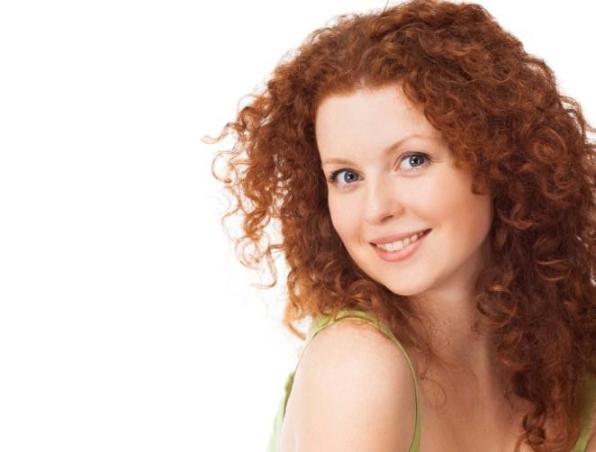 iStock 000033901222 Small - As 10 melhores dicas para cabelo cacheado