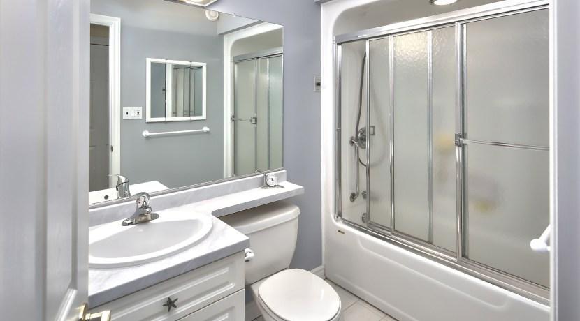 Main floor shared Bathroom