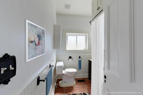 15608610303_bathroom