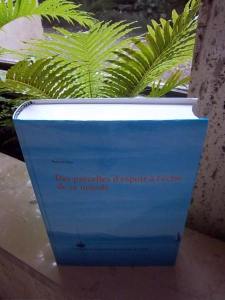 Livre du Poème d'1 km de long écrit par Patrick Huet